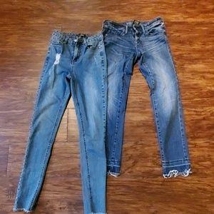 2 pair of skinny jeans